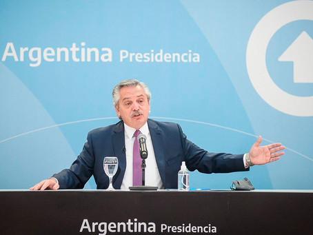 Alberto Fernández entrega en Merlo viviendas construidas por el Plan Procrear