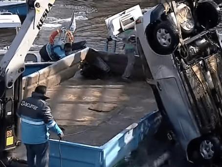 Avellaneda: conductor perdió el control, cayó al Riachuelo y murió en el acto