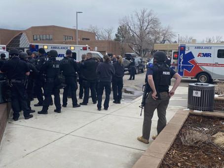 Colorado: sangriento tiroteo en supermercado deja 10 personas muertas incluyendo a un policía