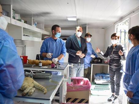 Mayra recorrió un nuevo operativo de zoonosis en Ezpeleta y visitó la base operativa