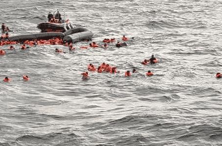 Naufragio de migrantes en el Mediterráneo: el desgarrador grito de una madre por su bebé ahogado