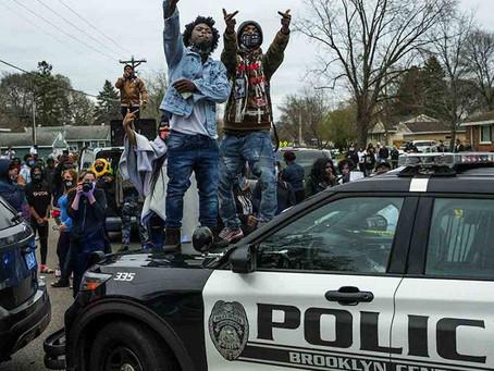Protestas masivas en EE.UU por otra muerte de un hombre negro a manos de la policía