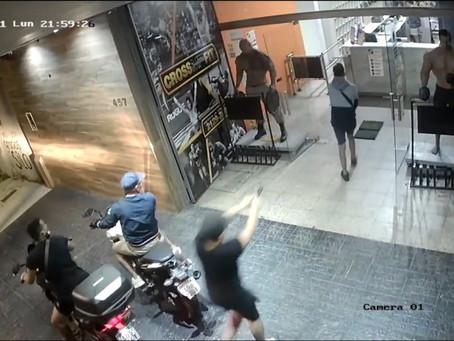 Lanús Oeste: cuatro motochorros entraron a robar en un gimnasio a punta de pistola