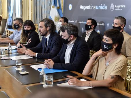 Cafiero firmó acuerdo con Mayra Mendoza para implementar puntos digitales en el distrito