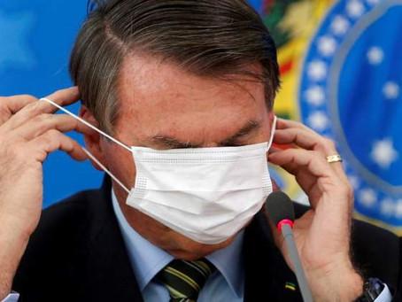 Bolsonaro y su negacionismo: ahora dice que contagiarse protege más que la vacuna