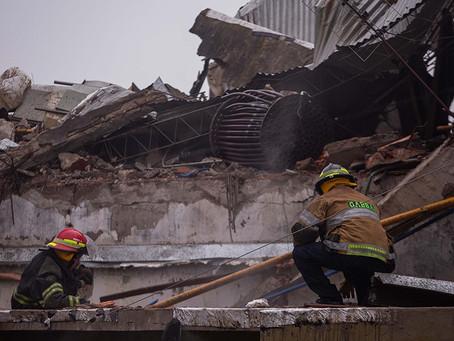 Explotó la caldera de una fábrica textil en Mar del Plata: derrumbe, una fallecida y otra herida