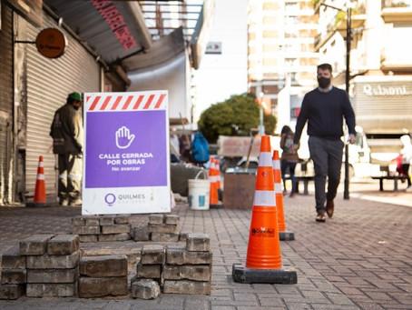 El Municipio continúa con la reparación de veredas de la peatonal Rivadavia y las tareas de limpieza