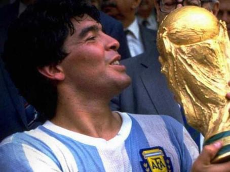 Presentan en el Senado un proyecto de ley para que Maradona aparezca en billetes de $1000