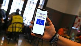 """Italia preparó el decreto para exigir el """"pase verde sanitario"""" a todos los trabajadores"""