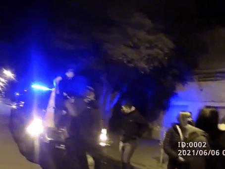 Desarticulan dos fiestas clandestinas, un torneo de fútbol y secuestran 11 autos en Rosario