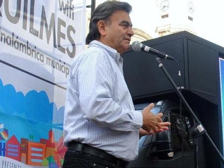 """Bernal: le robaron la camioneta al ex intendente """"Barba"""" Gutiérrez"""