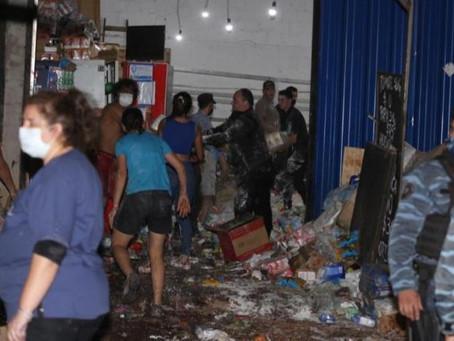 Fatal accidente en Misiones: se derrumbó una estantería de supermercado aplastó a tres personas