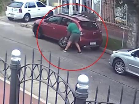 Quilmes Este: las cámaras de seguridad captaron a los roba ruedas en acción