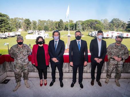 Cafiero, Vizzotti y Rossi recorrieron en Campo de Mayo un hospital móvil donado por China