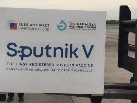 Llegó a Ezeiza el tercer vuelo de Aerolíneas Argentinas con vacunas Sputnik V