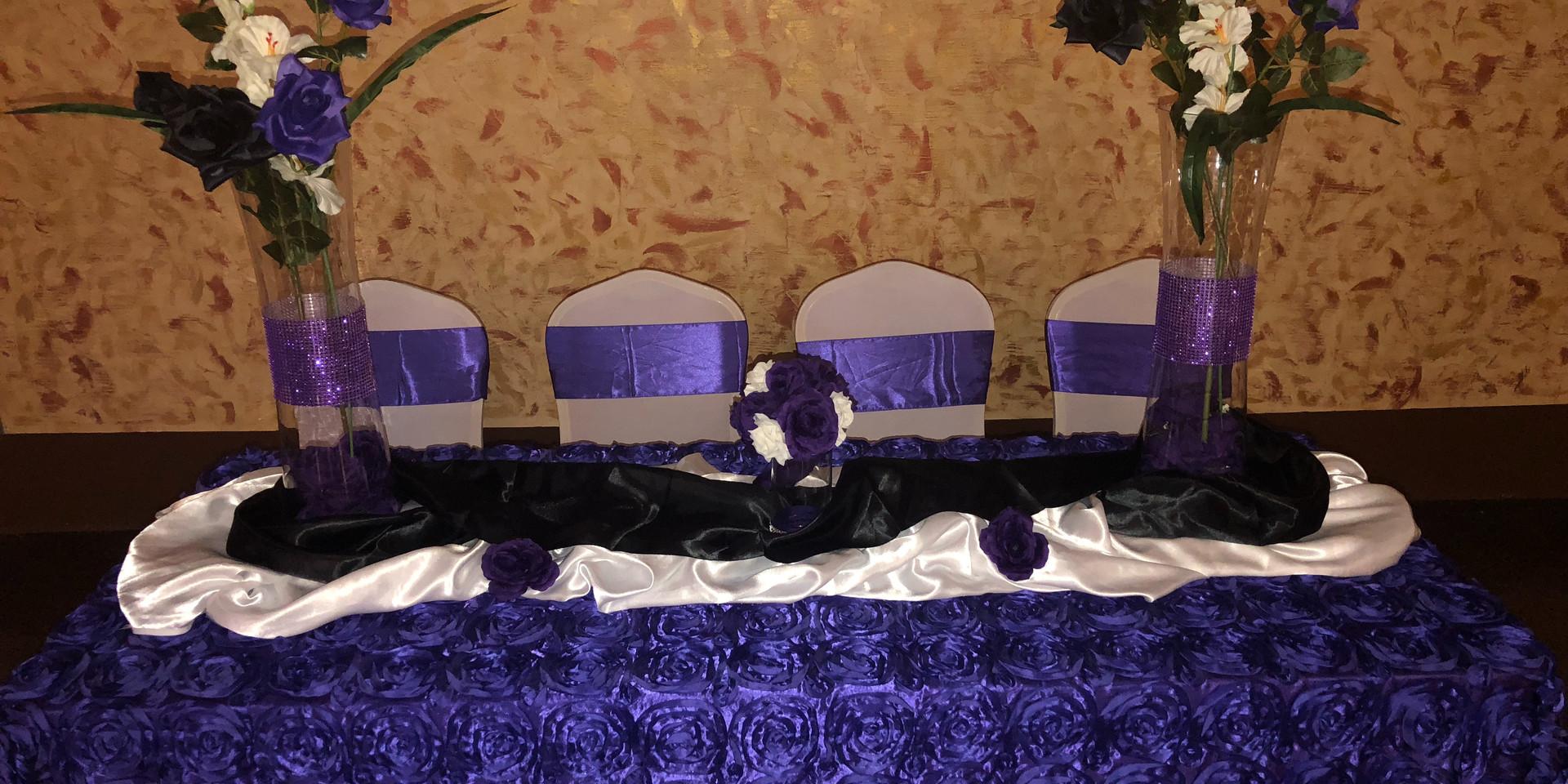 Head Table Decor by Emma