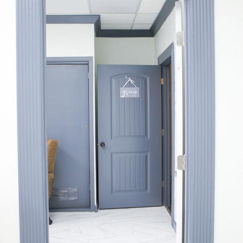 Groom Room