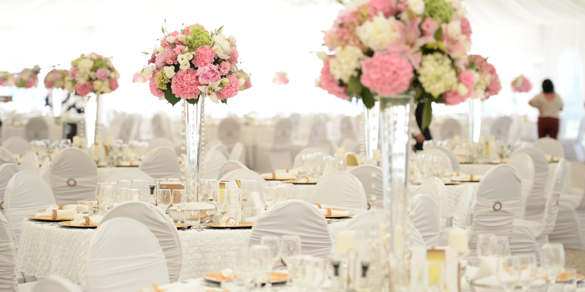 Outdoor Tent Decoration