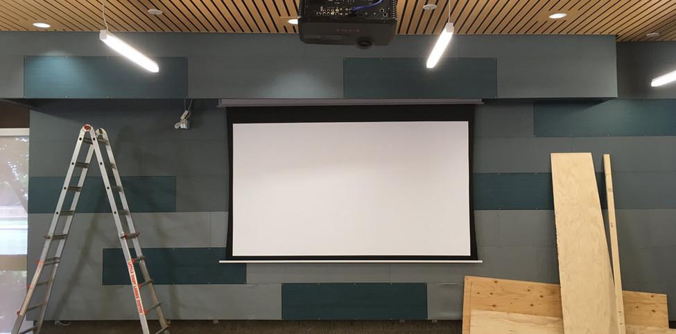Projection Screen Setup