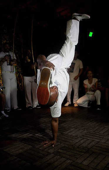 CAPOEIRA ENTERTAINMENT-1
