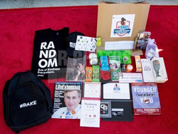 Gift-Bag-Inaugural-Stephen-Bishop-Celebrity-Golf-Invitational-Benefiting-R.A.K.E.-Random-Acts-of-Kin
