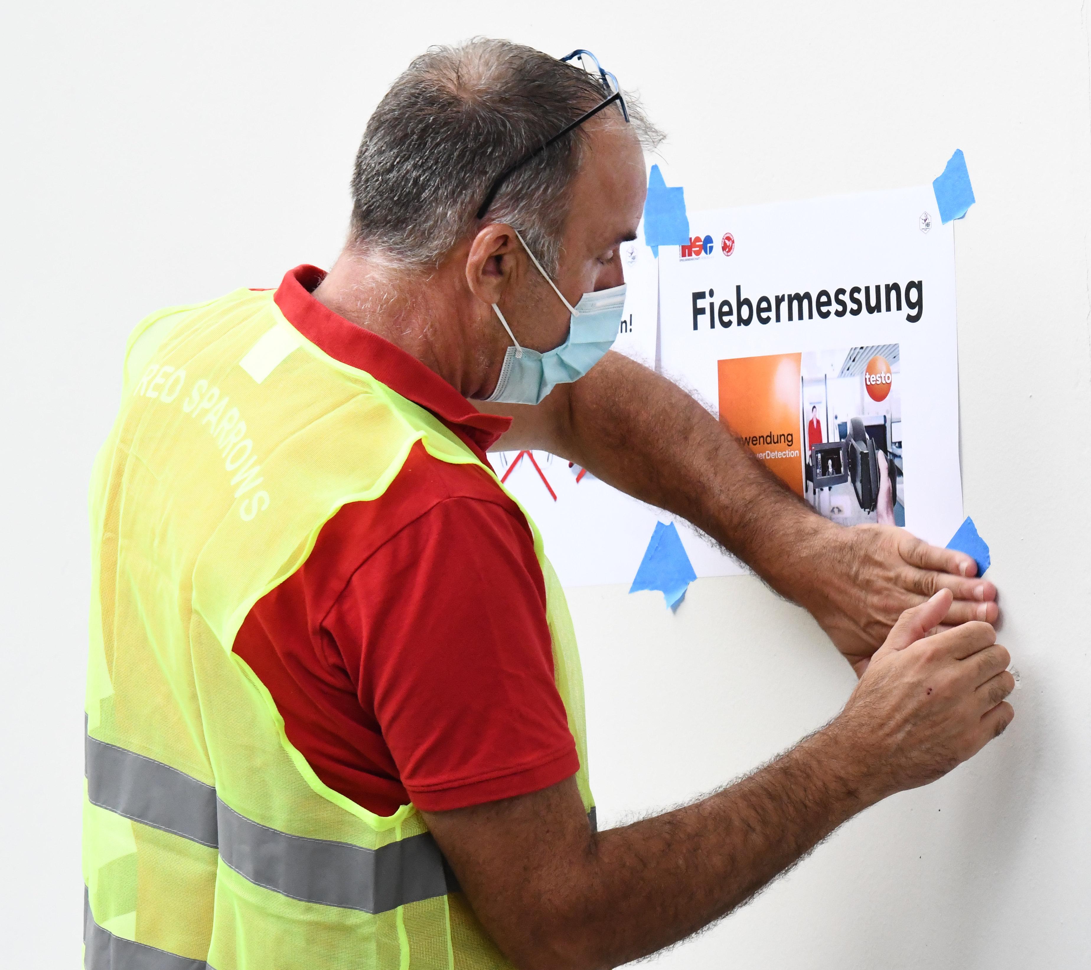 Fiebermessung_2020-09-06_Red_Sparrow_001