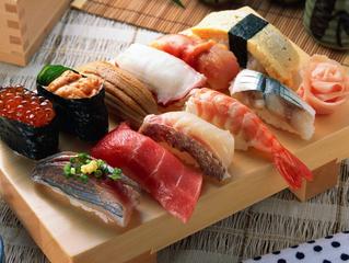 Sushi with Monokuro