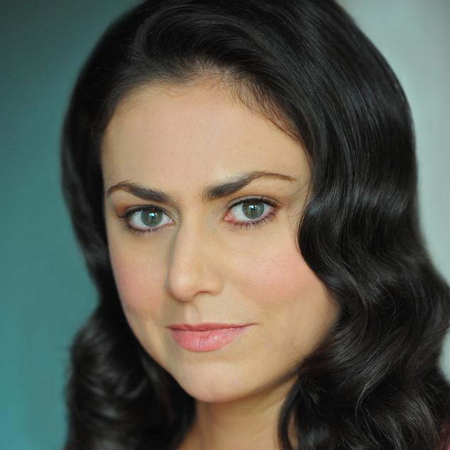Corinne Davies Headshot 7