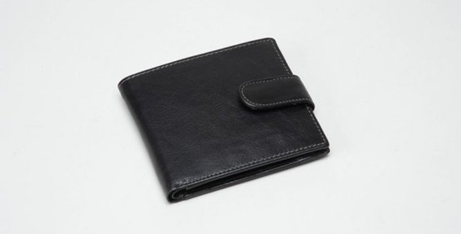 Charles Smith Black Leather RFID Wallet in Gift Box