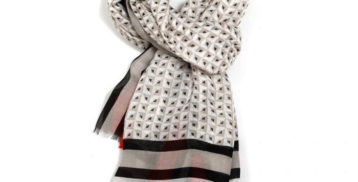 Miss Sparrow Scarf Grey Design