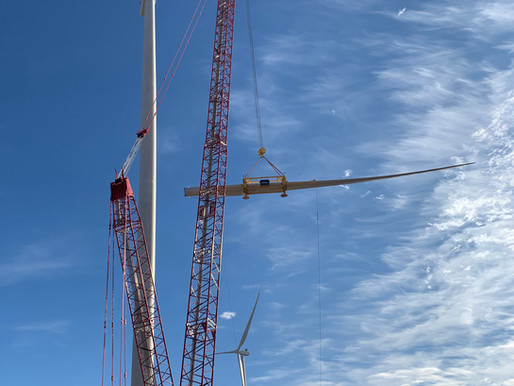 Four crawler cranes deliver strong performance at Texan wind farm