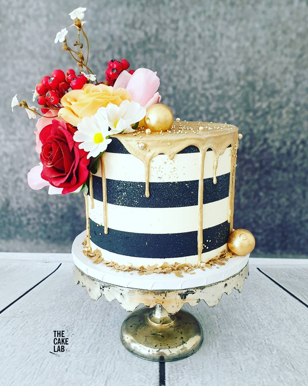 Black and white stripe with gold drip