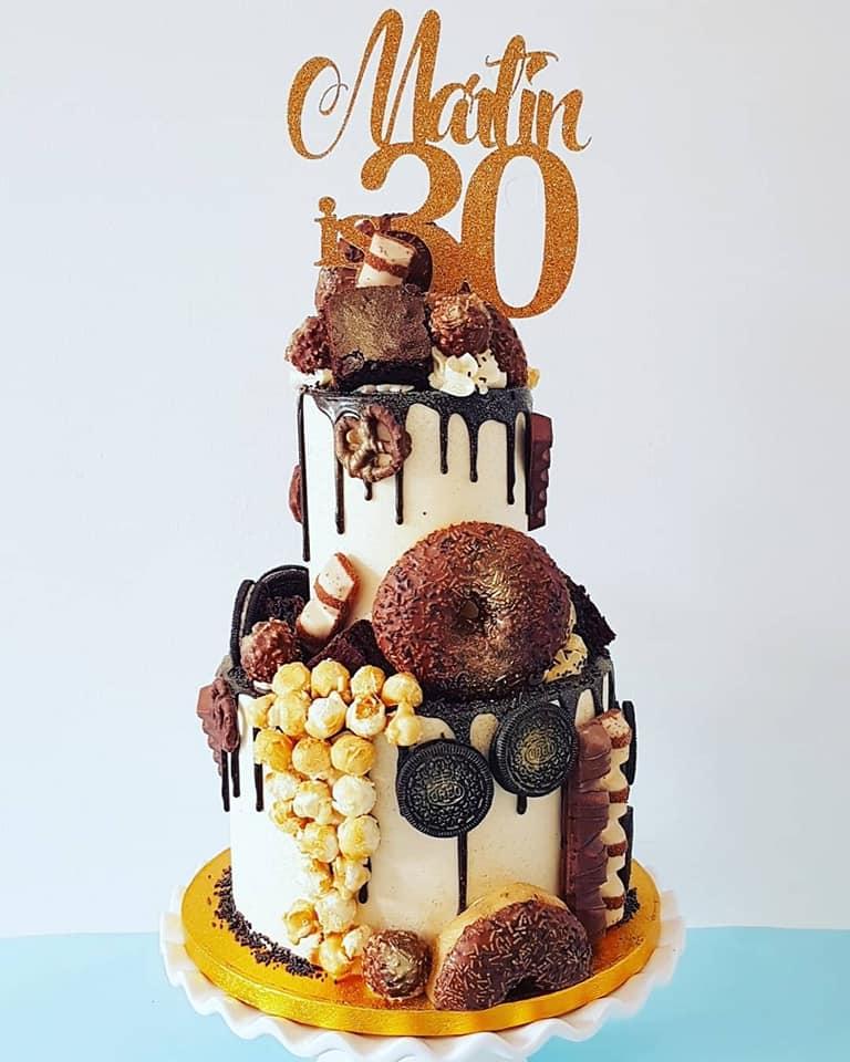 Triple Cookie Sundae Cake