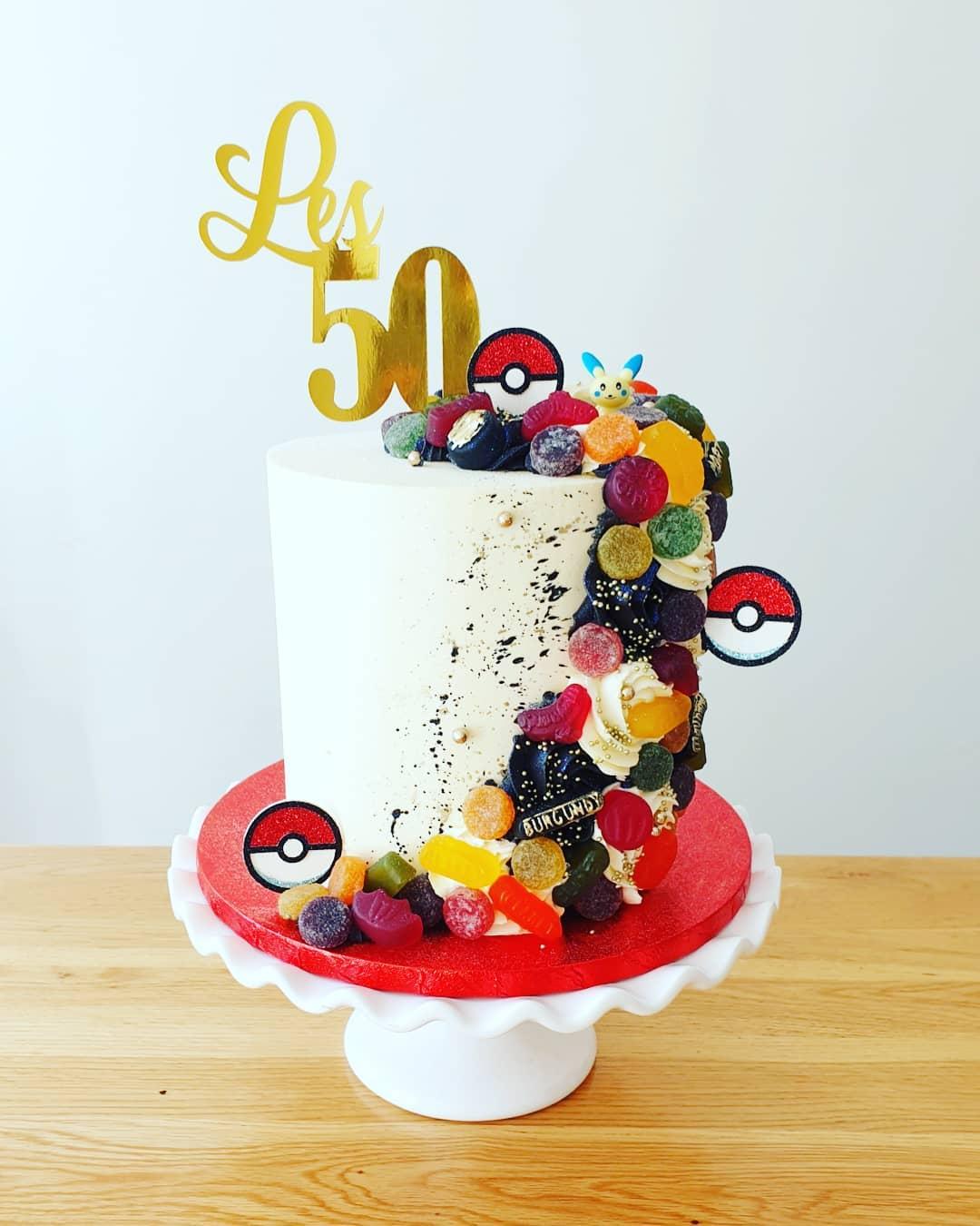 Gummies cake