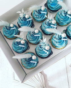 Blue and silver cupcakes