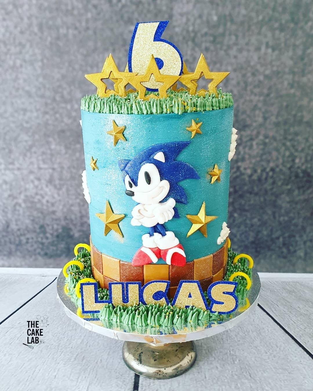 Sonic cake 1