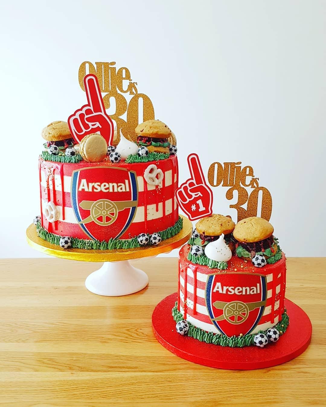 Arsenal & Burgers cake