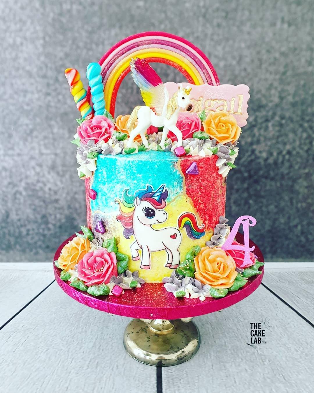Rainbow Unicorn Cake 1