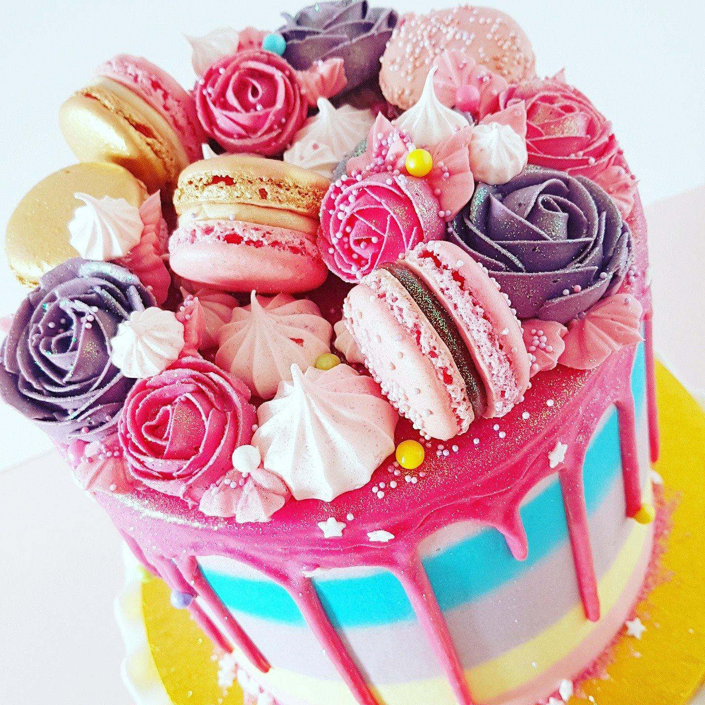 Rainbow Cake with Macarons