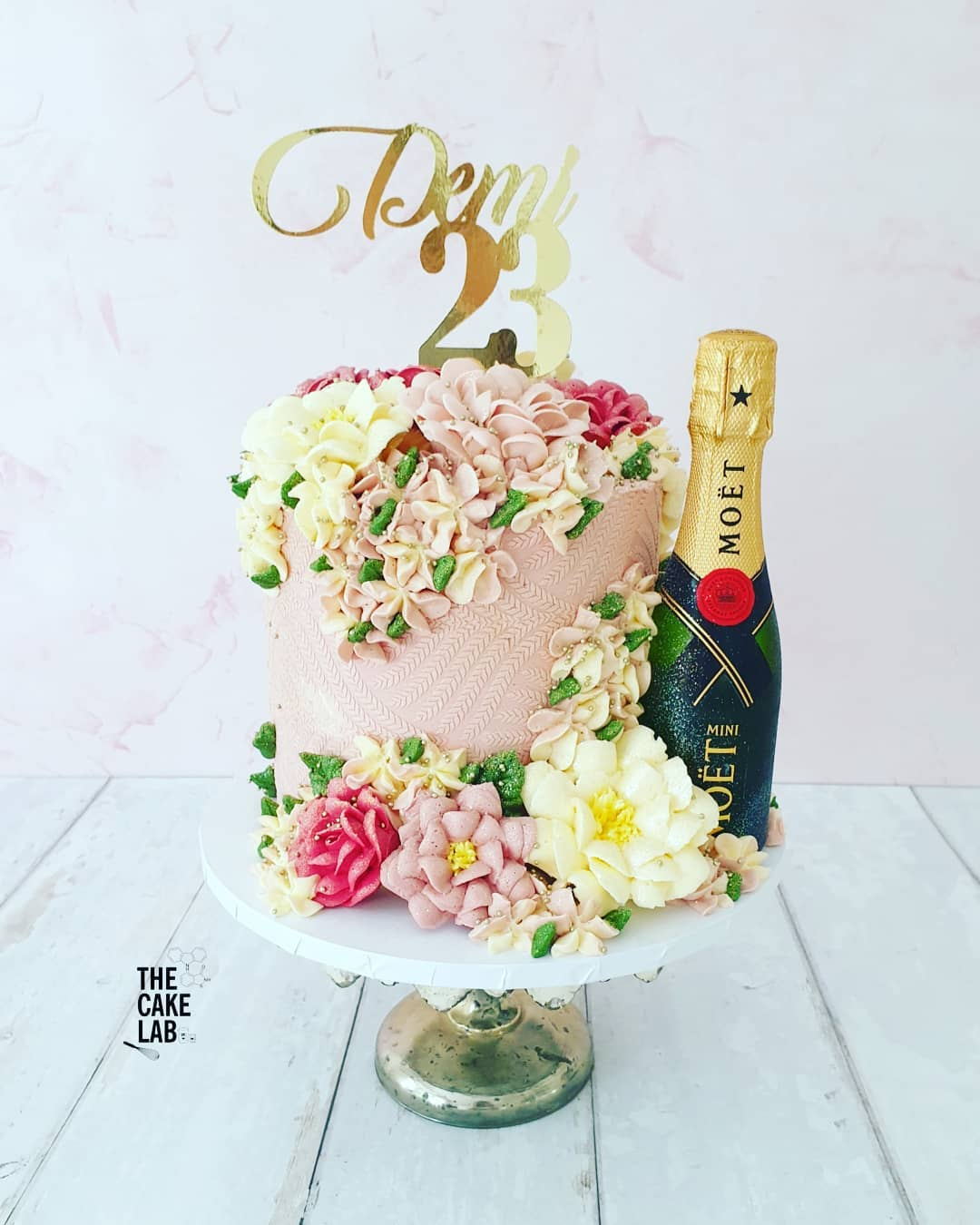Dusky Pink and Champagne cake