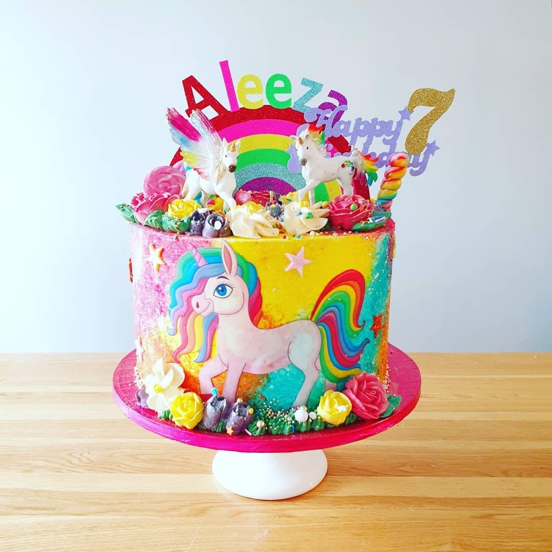 Rainbow Unicorn Cake 3