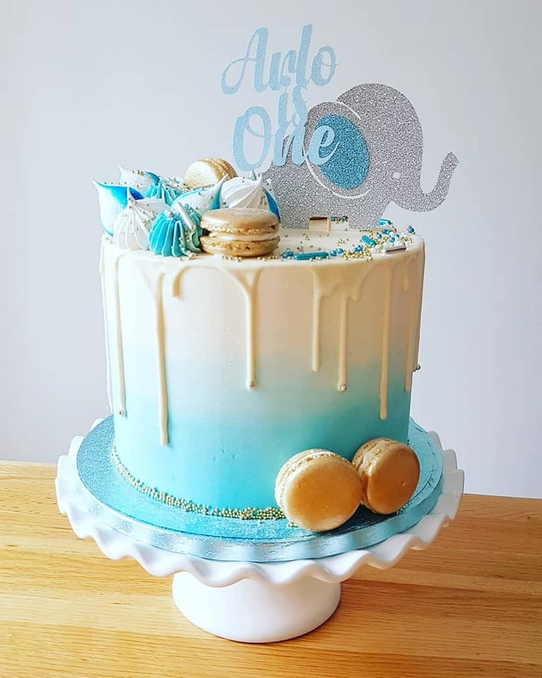 1st Birthday Blue Ombre cake