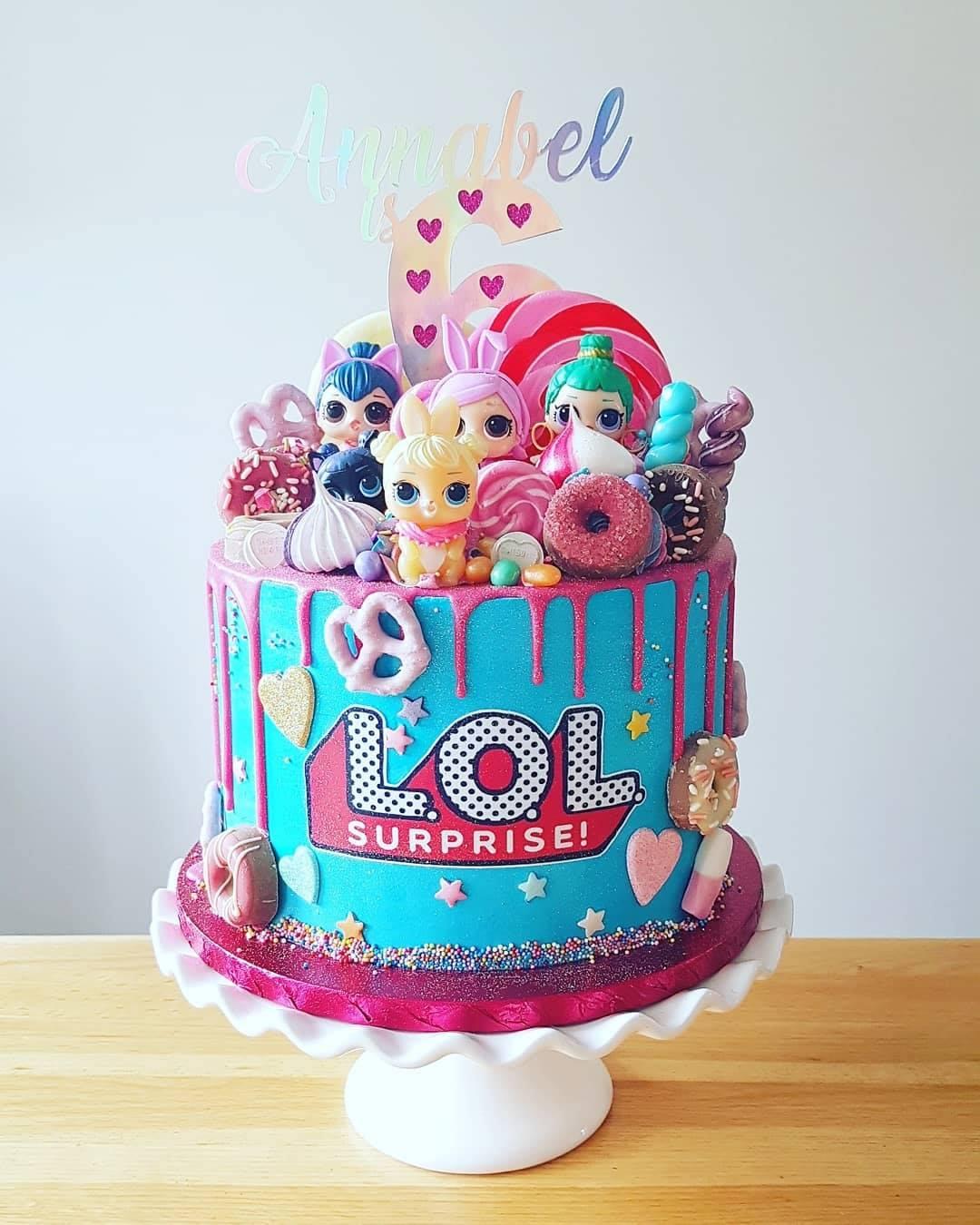 LOL Themed Cake 4