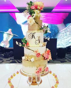 5 Tier Fairytale cake