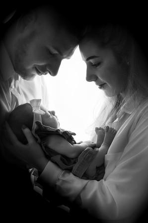 photo famille bebe noir et blanc shade