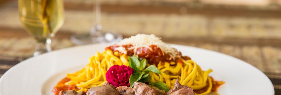 Spaghetti com Mignon a Cubetti