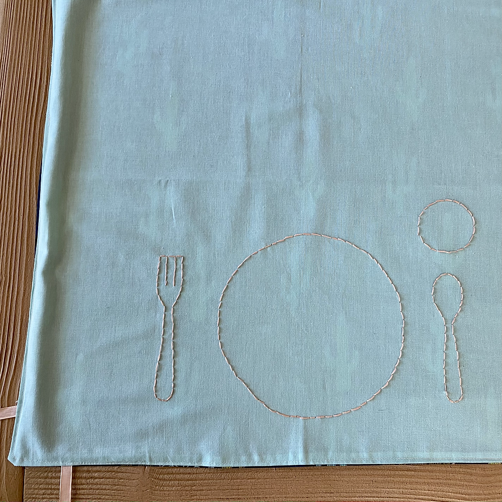 table cloth for toddlers, place setting for toddlers, Montessori weaning