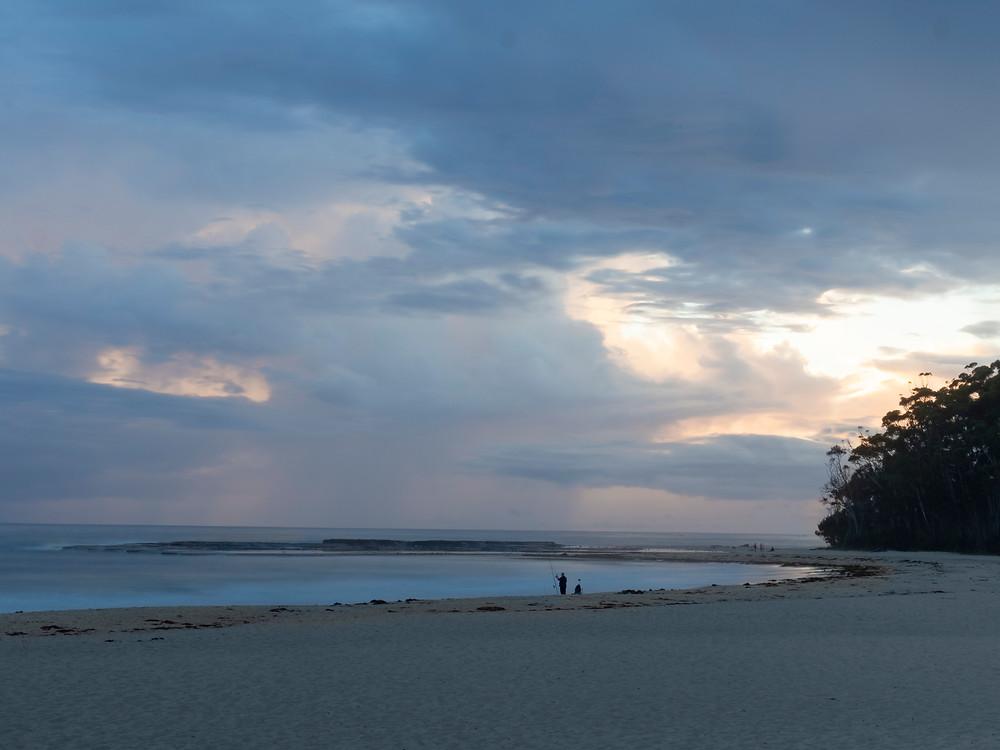 Mollymook Beach, sea, fisherman, dawn