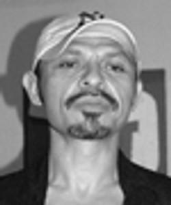 Mario E Lopez