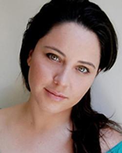Gabriela De Luna